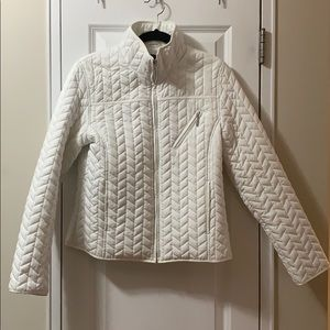 Weatherproof preppy white quilted polyfill jacket
